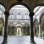 Cour d'honneur du Palais Medicis