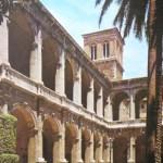 Rome le Palais de Venise inspire des arcs du theatre Marcellus