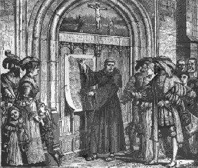 Luther appose les quatre vingt quinze thèses sur la porte de la chapelle de Wittemberg